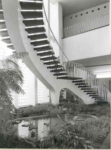 Plärrer-Hochhaus Nürnberg, Treppe im Foyer © Städtische Werke Nürnberg