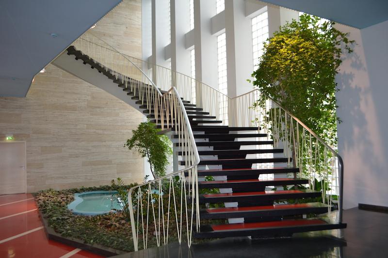 Plärrer-Hochhaus Nürnberg, Treppe im Foyer © Alexander Racz, Kunstnürnberg
