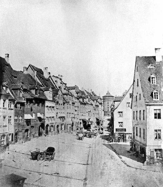 Straßenzug mit Laufer Schlagturm?, Nürnberg um 1850, © Stadt Nürnberg
