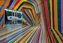 Markus Linnenbrink: WASSERSCHEIDE(DESIREALLPUTTOGETHER), 2014 Pigment, Acrylbinder, Epoxidharz/pigment, acrylic medium, epoxide resin Courtesy Taubert Contemporary, Berlin