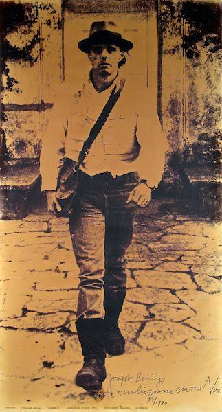 Joseph Beuys, La rivoluzione siamo Noi, 1971 Lichtdruck, 191 x 100 cm, Städtische Sammlung Erlangen, © VG Bild-Kunst, Bonn 2014 25.04.2014, Größe: 1177 KB, Format: JPG