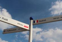 Wegweiser zu den Partnerstädten von Stein, Foto: Edgar Birzer