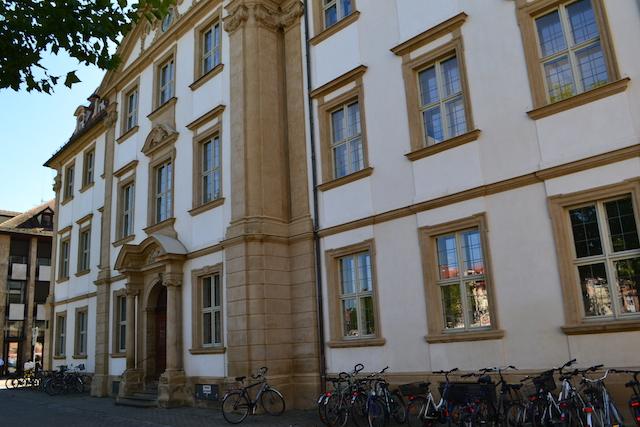 Kunstpalais Erlangen, Blick vom Marktplatz © Alexander Racz 2014