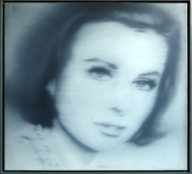 Gerhard Richter, Porträt Liz Kertelge, 1966 Leihgabe aus Privatsammlung, © Gerhard Richter, 2014, Foto Neues Museum (Annette Kradisch)