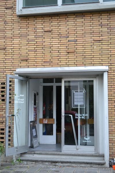 Eingang zum Heute:_ Quelle Areal Nürnberg, © Alexander Racz, 2014
