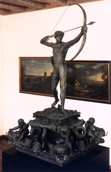 Peter Vischer d. J. (?)/ Peter Flötner (?)/ Vischerwerkstatt (?): Apollobrunnen, 1532, Bronzeguss, © Museen der Stadt Nürnberg, Stadtmuseum Fembohaus