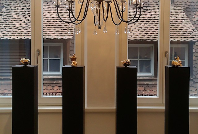 Blick auf vier Skulpturen von Prof. Ottmar Hörl, Foto: Inge Landskron,© Galerie LandskronSchneizik
