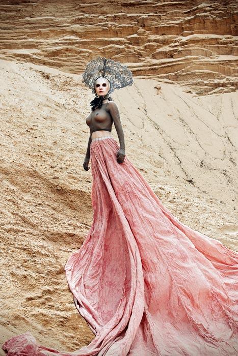 Sand Dune Queen, aufgenommen in Diepersdorf, Mai 2012, Maße Galerie 90/60, © Simple-T.Photography