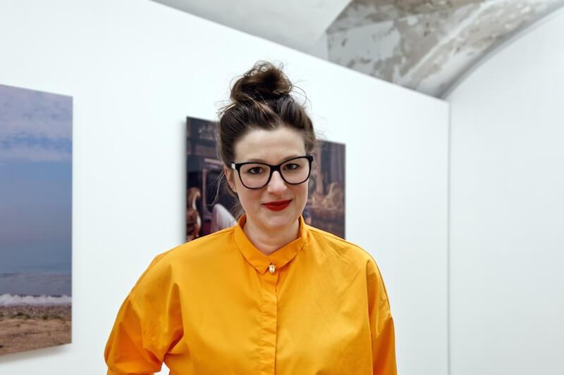 Amely Deiss, die Direktorin des Kunstpalais Erlangen, Foto: Elias Fecher