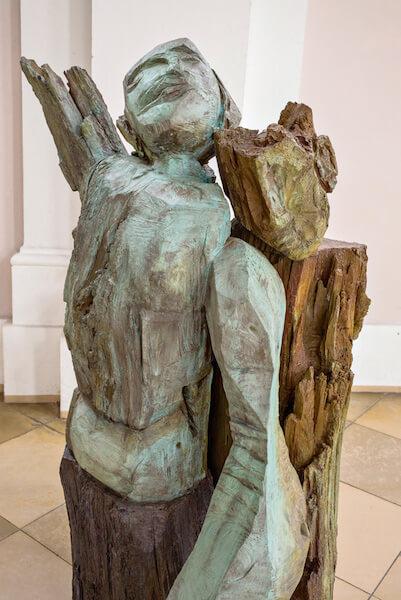 Dietrich Klinge: Pietà II, Bronze, 2013, 6 Exemplare, Höhe 143cm, Foto: Dietrich Klinge und Martin Frischauf