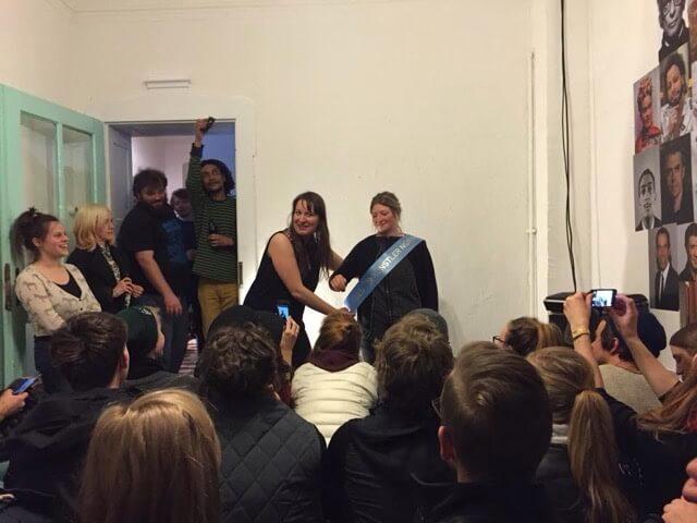 Siegerehrung Art Slam, 1. Preis, Edel Extra e.V. Nürnberg, 2015