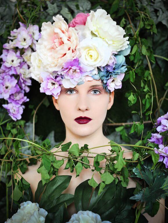 Flowers and Tears, 2015 , Accessoires/ Köstüme: Mariella Fasone, Nikon D1X, © Mariella Fasone