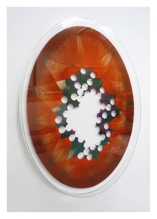 Jan Albers: perfOrierteswOOlegghalluzinOgenpOrtal, 2011, Wolle und Sprühfarbe auf Holz, 191 x 136 x 12 cm, JaLiMa Collection, © Pressefoto Kunstpalais Erlangen
