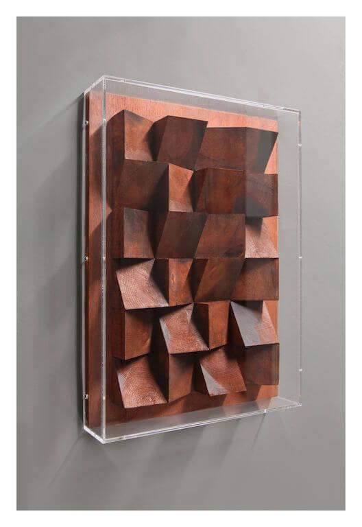 Jan Albers: twentyfOurbeautyupanddOwn, 2012, Eichenkeile 70 x 50 x 11 cm, JaLiMa Collection, © Pressefoto Kunstpalais Erlangen