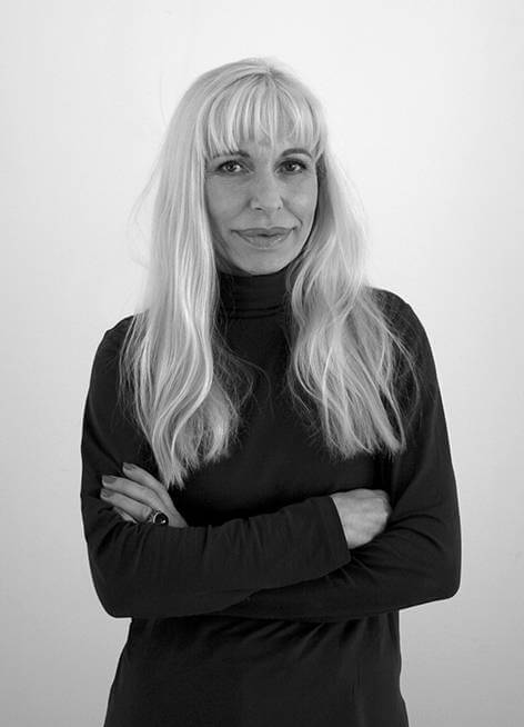 Portrait Mara Ruehl