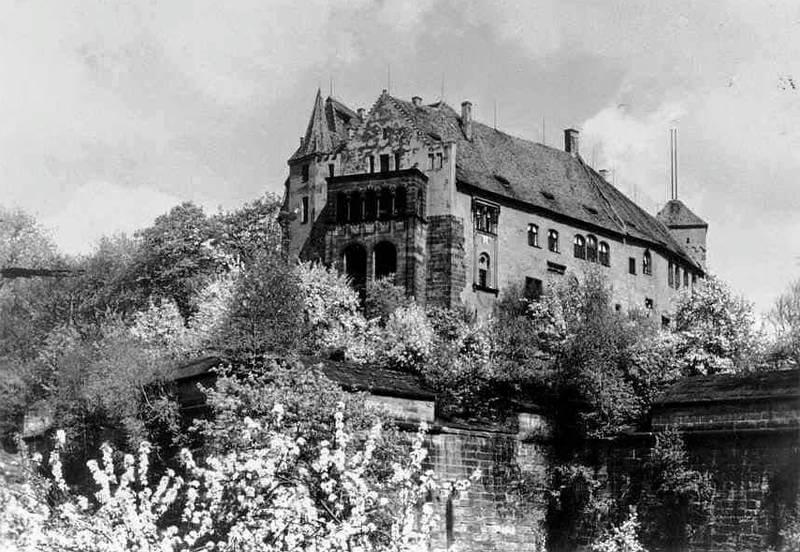 Kaiserburg in Nürnberg von Südwesten
