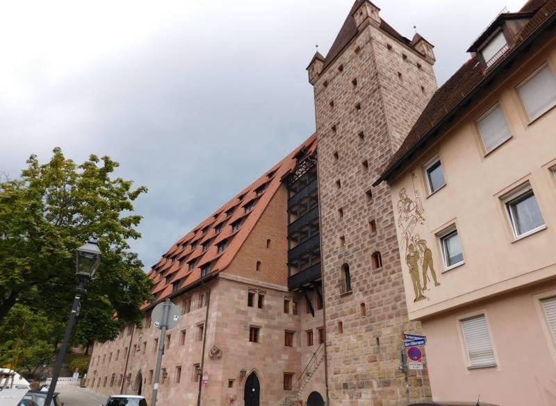 Kaiserstallung und Luginsland, Nürnberger Burg