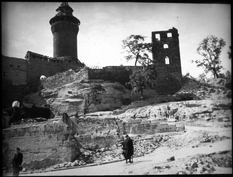 Sinnwellturm und Walpurgiskappel, Zweiter Weltkrieg, Nürnberg Burg