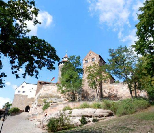 Hasenburg, Himmelstor, Sinwellturm und Walpurgiskapelle, Burg Nürnberg
