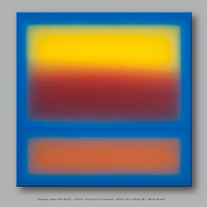 Orange unter Rotgeld, © Mara Ruehl