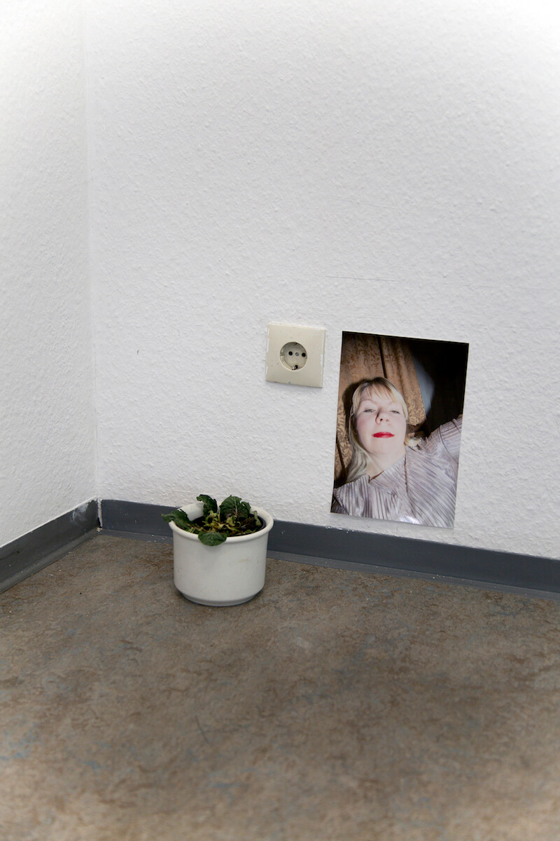 Claudia Holzinger und Lilly Urbat: Edle Pfropfen - Wann ist ein Mann ein Mann im Kunstverein Erlangen, Ausstellungsansicht, © holzingerurbat