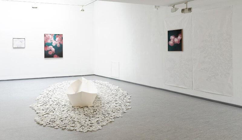 Margarete Schrüfer: Passing by, Ausstellungsansicht Galeriehaus Nord