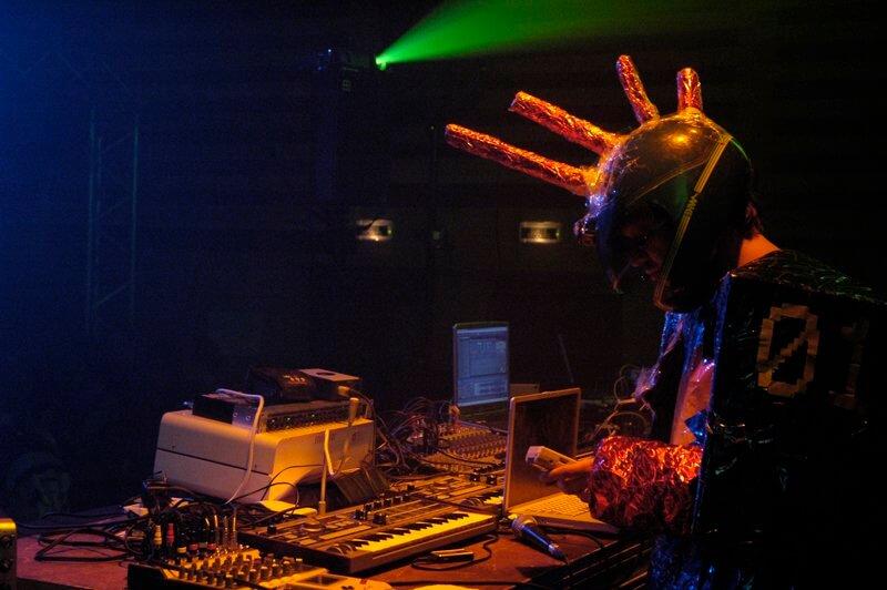 Sputnik + Boosters, LIMINALE – Festival der freien Theater, 27. – 29. April 2017, Z-Bau Nürnberg