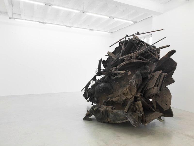 "Peter Buggenhout, ""The Blind Leading The Blind#68"", 2015 Installationsansicht Konrad Fischer Galerie, Berlin · © Roman März"