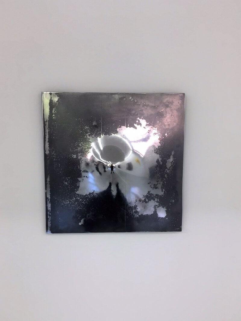 Jeremy Wegscheider: Convex , Technik: Detonation einer Stahlplatte, polierter, Format: 50x50 cm
