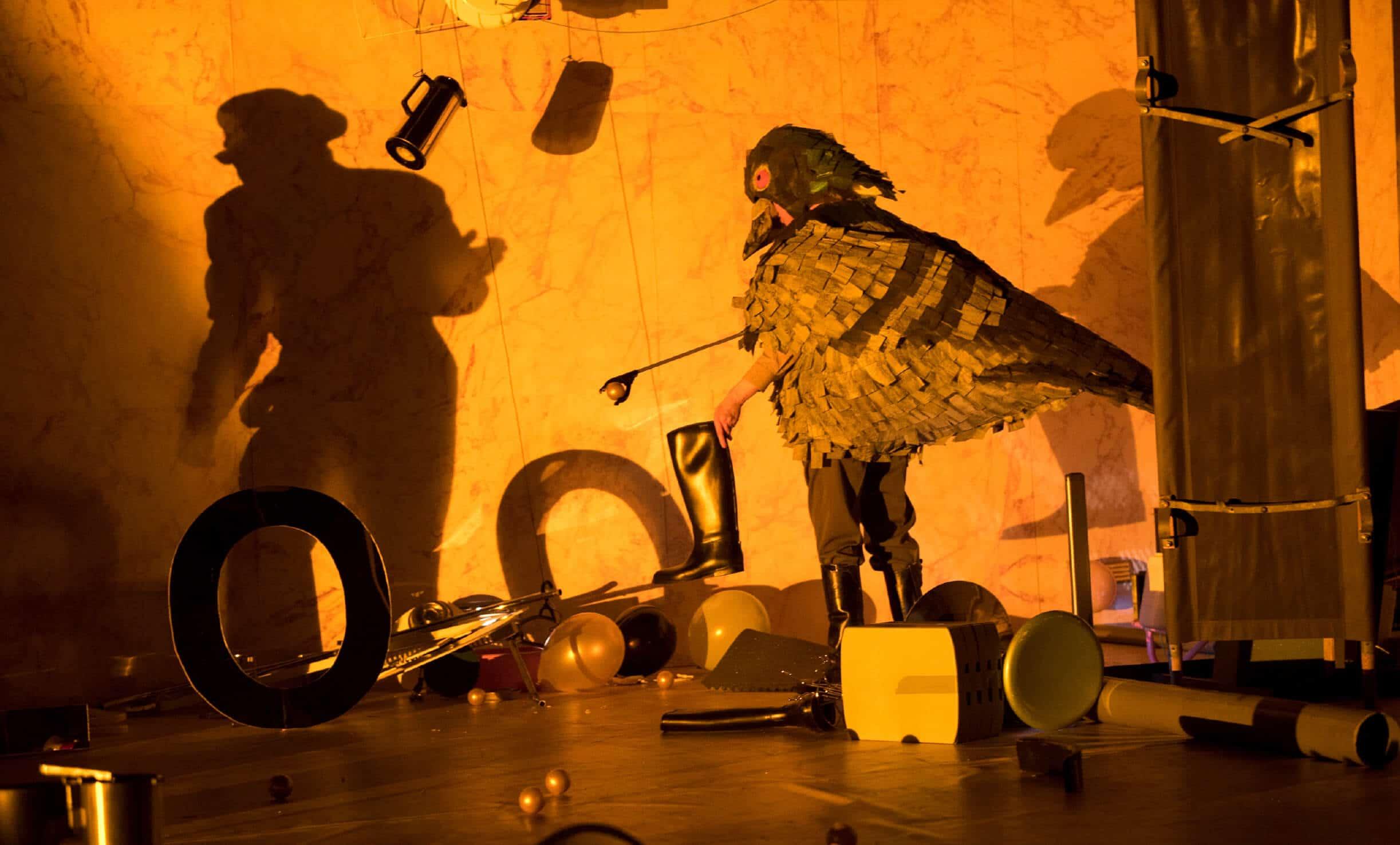 s Festival Panoptikum, (NL): Krieg (6+); Fotos © Kurt Van der Elst