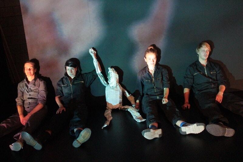 Revolution: Alles wird gut! © Brachland-Ensemble