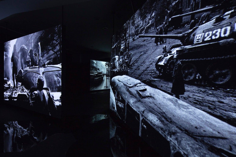 Koudelka, Invasion 68, Grand opening, 2018, Foto Havlena
