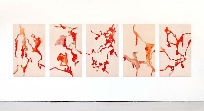 Victoria Hertel: Zwischenräume 2015 • Tinte, Harz auf Holz • 5/ 144 x 88 cm