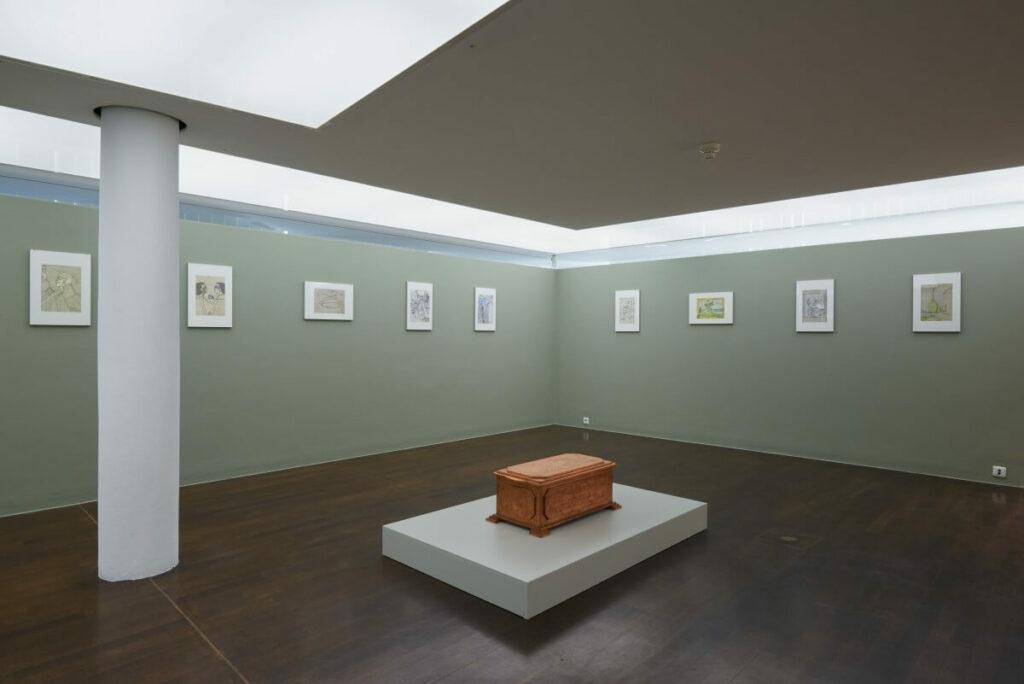 Ausstellungsansicht Albert Leo Peil – Ein Zeichner und Grandseigneur, Foto: Annette Kradisch